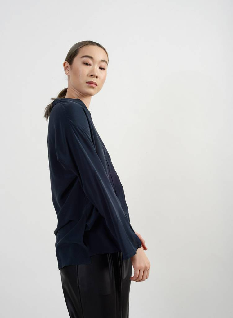 Avery Blouse - Navy