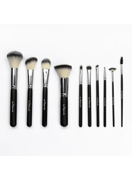 Au Naturale Au Naturale Signature Brush Collection