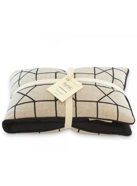 Tonic Tonic Heat Pillow Geo Black
