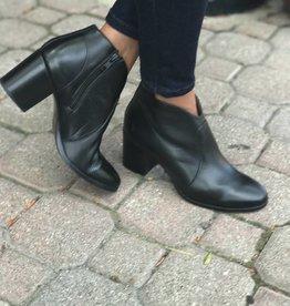 Frye Nora Zip Ankle Boot
