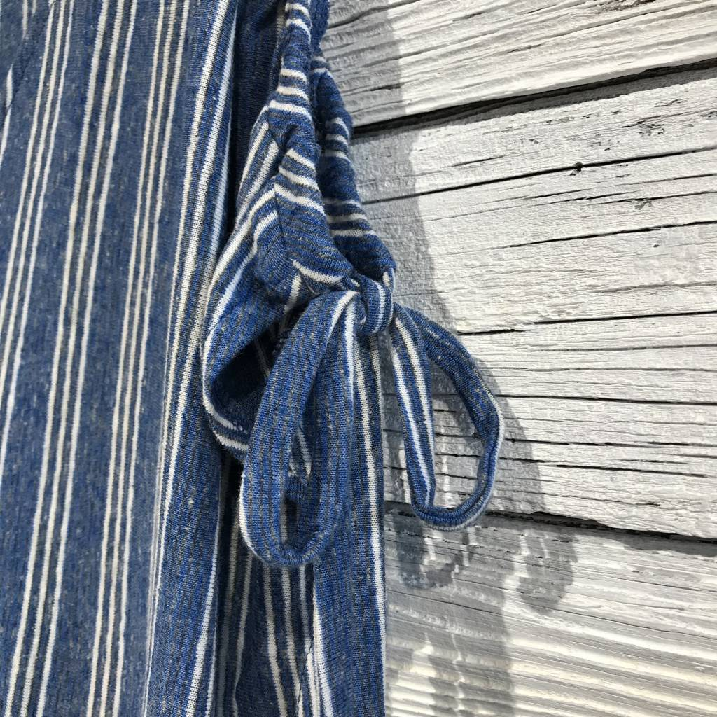 Lucky Brand Tie Shoulder Button Back