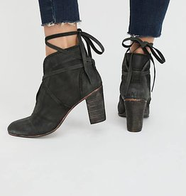 Free People Wrap around boot