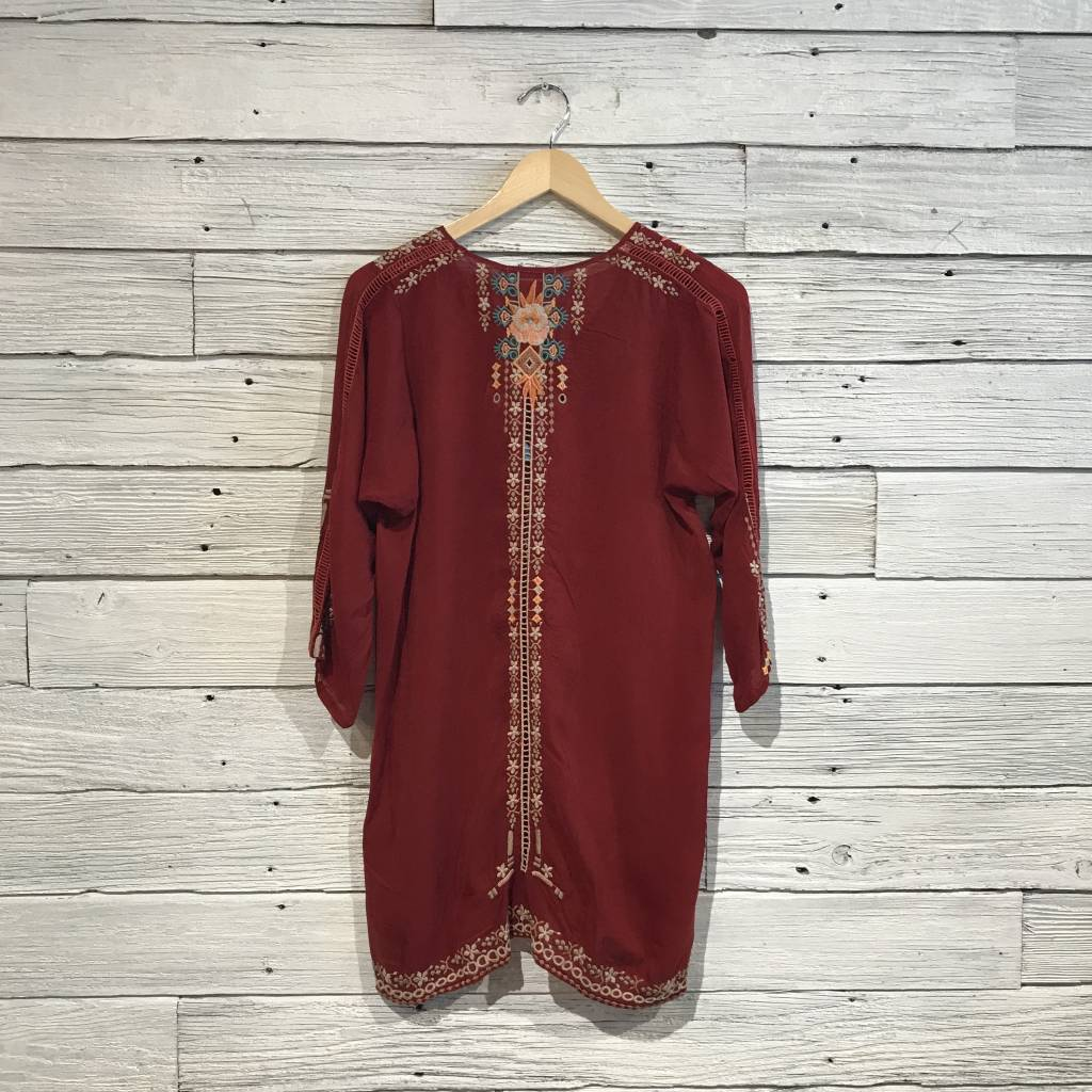 Johnny Was Mikaela Eyelet Tunic Red Wine