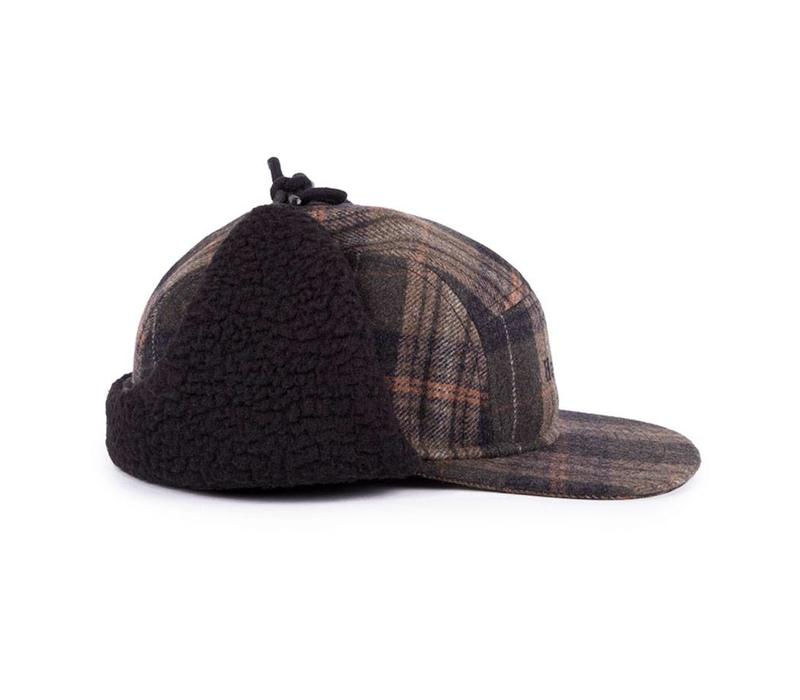 Ear Flap Camper Hat Olive à Carreaux