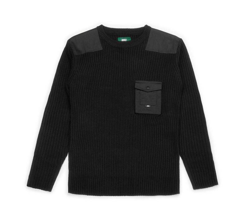 Wilderness Sweater Black