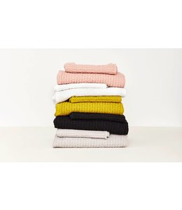 SIMPLE HAND TOWELS
