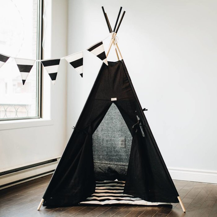 Teepees and play houses
