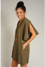 Ivy & Jane Split Sleeve Dress w/Pockets