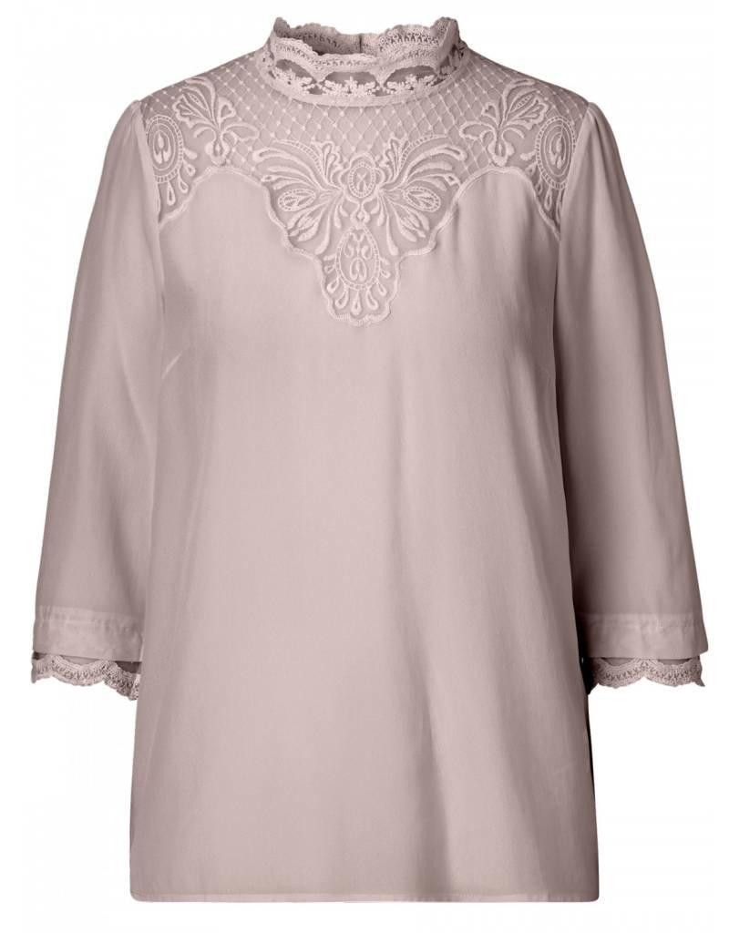Rosemunde 3/4 Sleeve Blouse w/Lace Collar