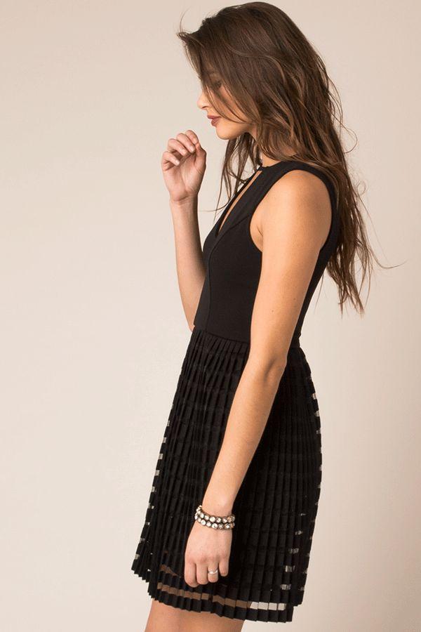 Black Sleeveless Waisted Dress w/Pleated Skirt