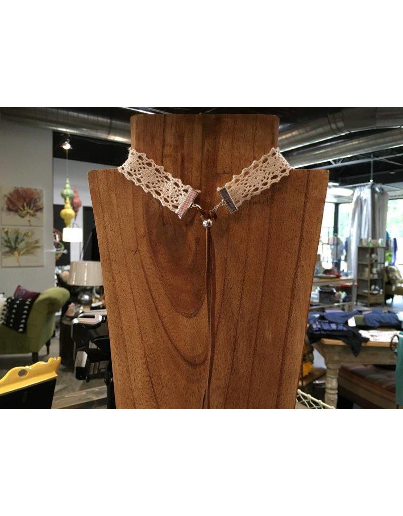 Crochet & Leather Choker w/Feather