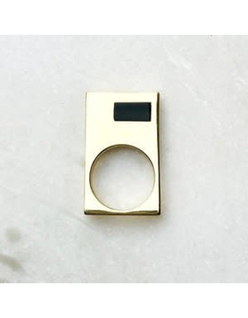B Stellar 14k Gld Square Ring w/Blk Onyx Detail 7.5