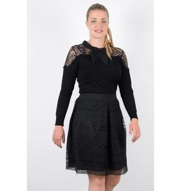 Molly Bracken Lined Lace Skirt w/Wide Waist Band