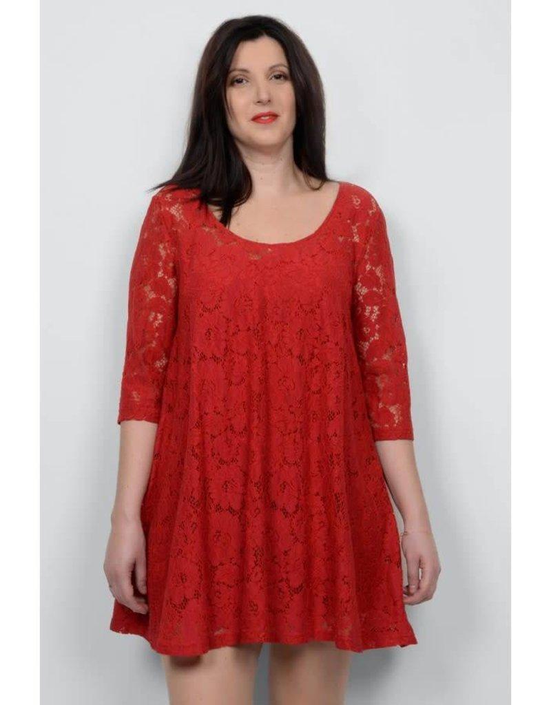 Molly Bracken 1/2 Sleeve Lined Lace Dress