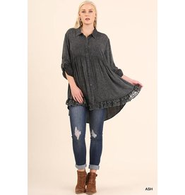 Umgee Hi-Lo Button Up Washed Tunic w/Lace Hem