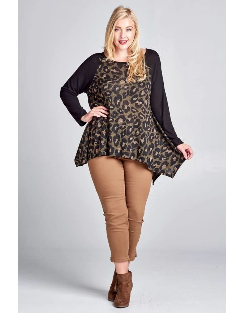 Oddi Cheetah Print Knit Blouse w/Blk Sleeve