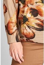 Oddi Floral Print Top w/Loose Turtleneck Collar