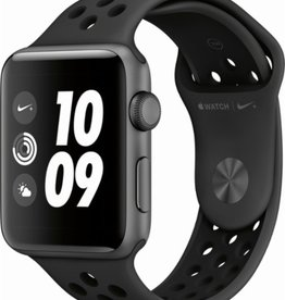 Apple MQL42LL/A Apple Watch Series 3 42mm - Space Gray Aluminum Case w/ Nike+ Black Band