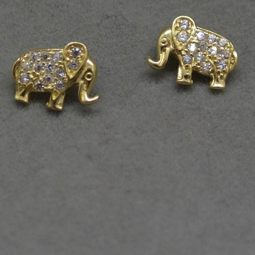 E & H Collections Elephant Studs