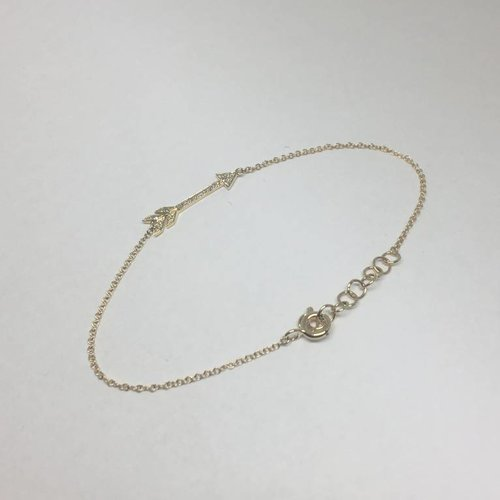 Majolie Diamond Arrow Bracelet