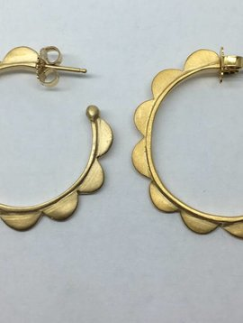 Lorak Large Scallop hoops