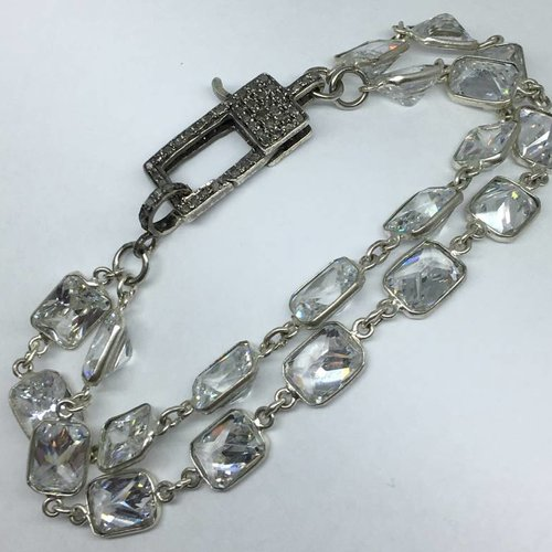 Lotasi Jewels Diamond Clasp Crystal Bracelet