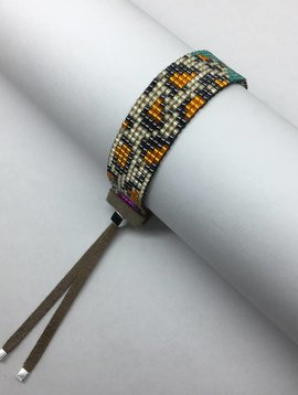 Julie Rofman Handwoven Glass Beaded Bracelet Leopard and Giraffe