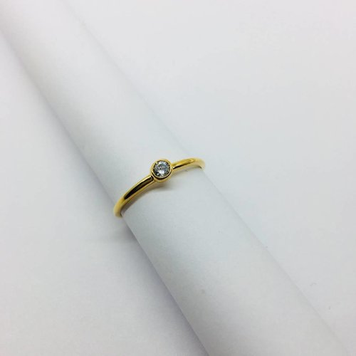 Cloverpost Yellow Gold Large Bezel Ring