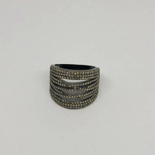 Lotasi Pave Diamond Ring