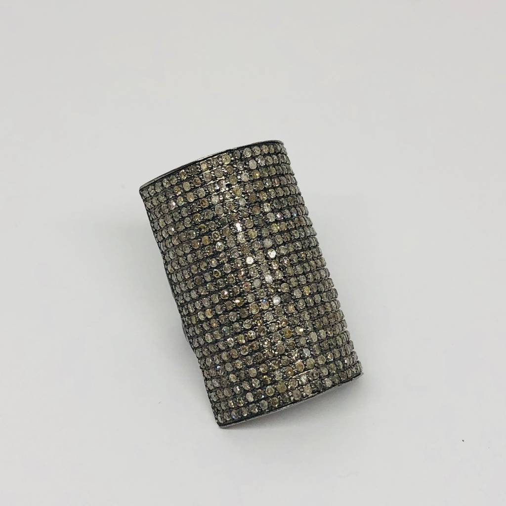 Lotasi Pave Curved Rectangle Ring