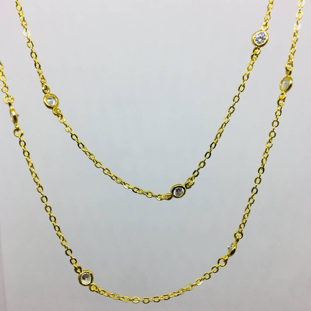 Nyla Star Long Crystal Bezel Chain Gold