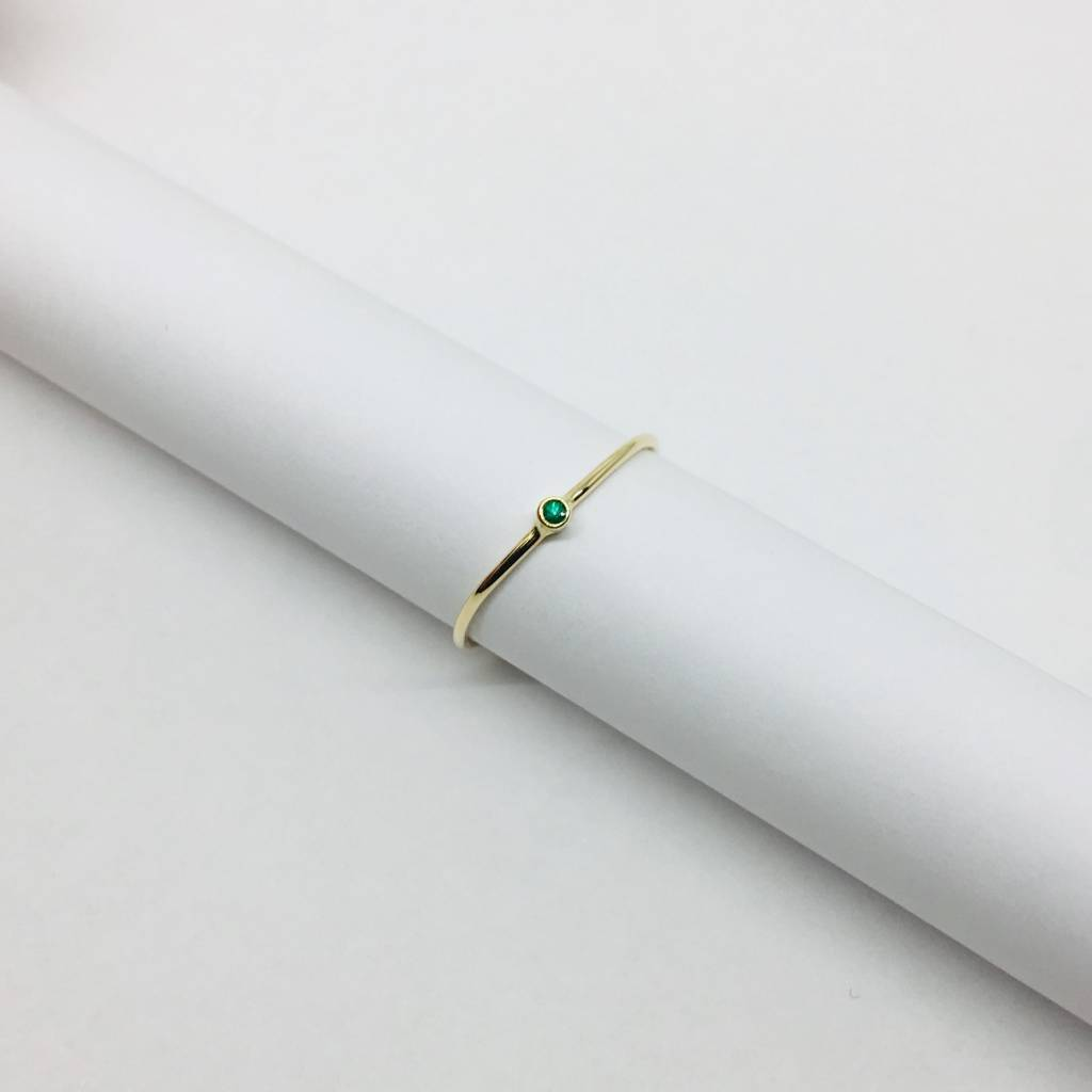 Jennifer Meyer Jennifer Meyer Thin Emerald Stacking Ring