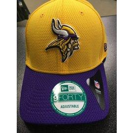 Minnesota Vikings 9-40 Fundamental Tech 2 Adjustable Hat