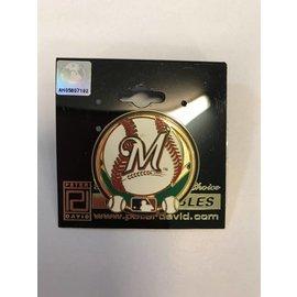 Milwaukee Brewers round pin with 3 baseballs