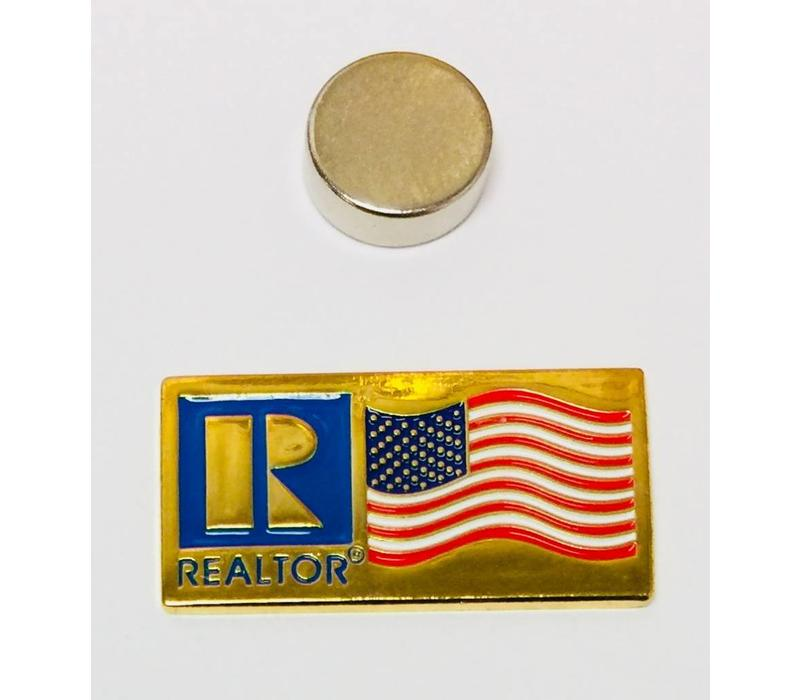 Realtor R Pin - Flag - Gold