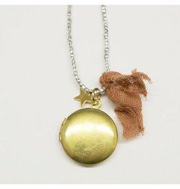 Atsuyo et Akiko Golden locket necklace -A&A