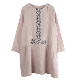 Emile et Ida N031 Embroidered pink dress