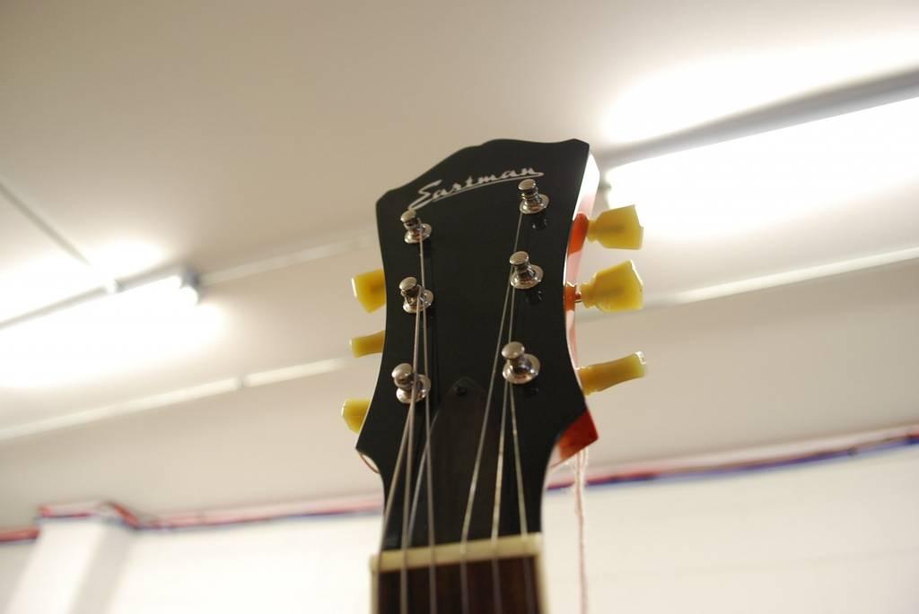 Eastman Guitars T386RD