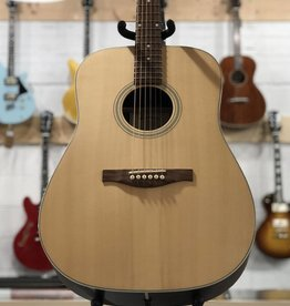 Eastman Guitars AC220 Acoustic Guitar w/Bag
