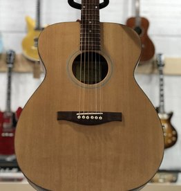 Eastman Guitars ACOM-1 Natural Acoustic Guitar w/Bag
