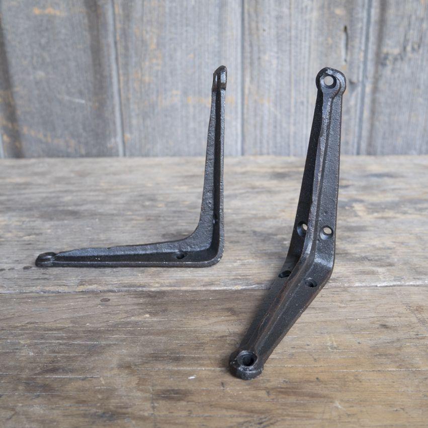 New Cast Iron L-Shaped Bracket