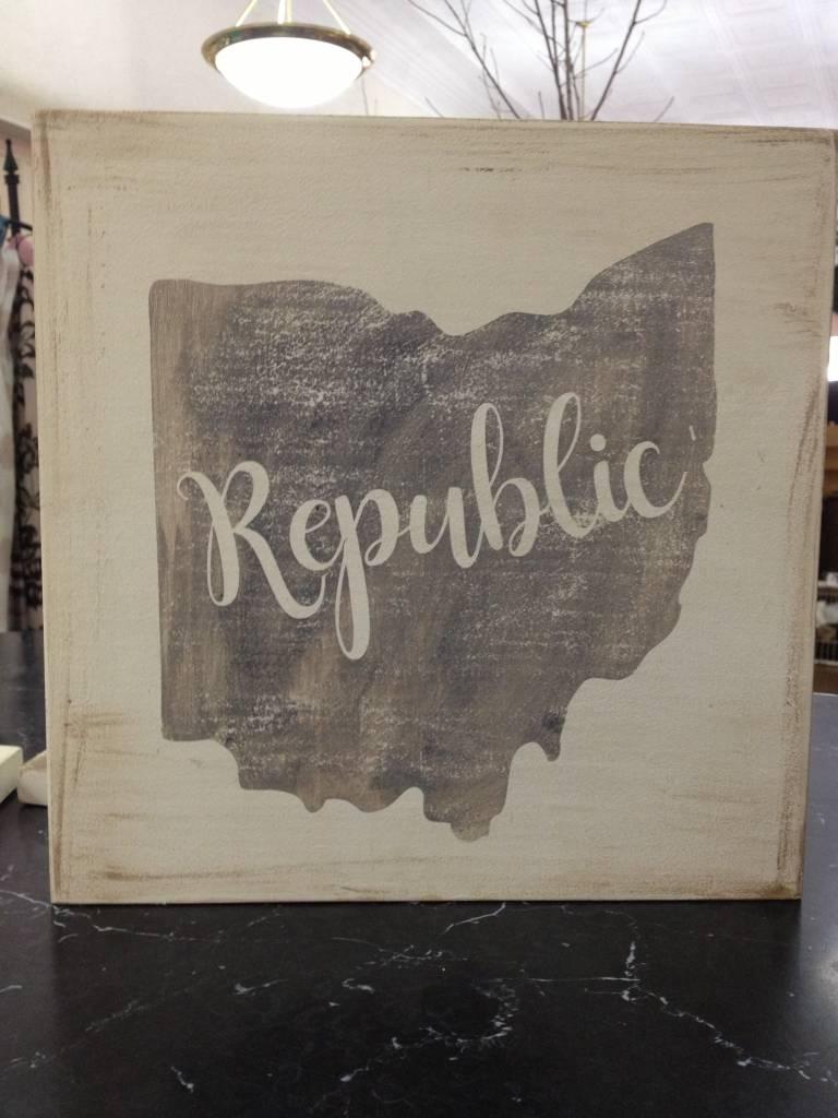 Republic 11.5x11.5  Cream/Grey Sign