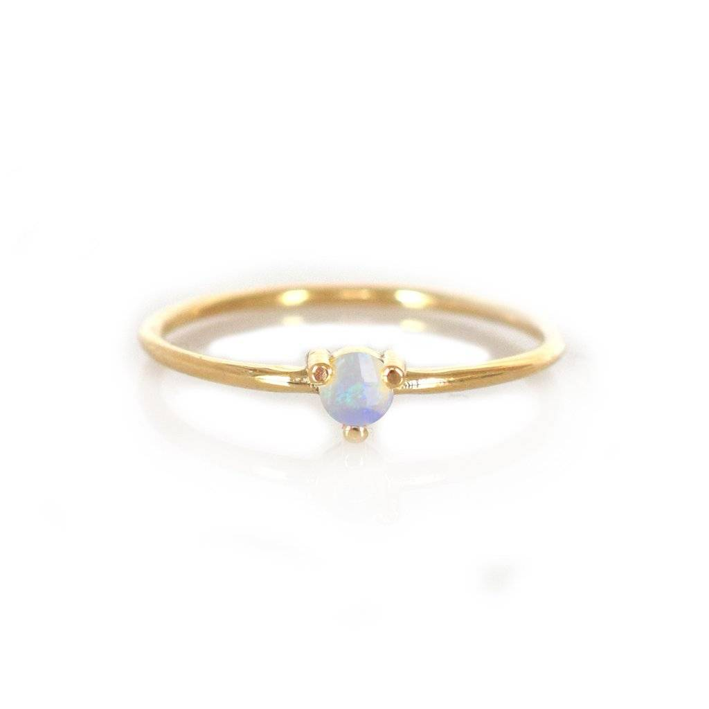 14 KT Gold Opal Point Ring