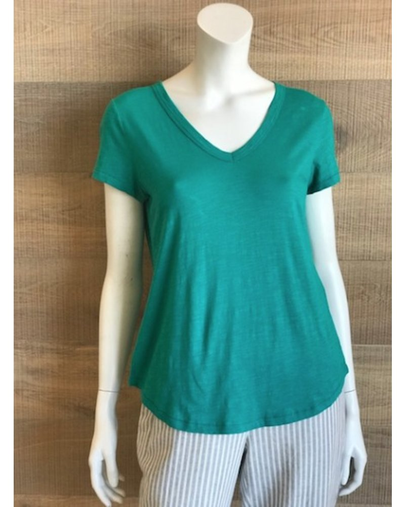Eileen Fisher Slubby Organic Cotton Jersey V-Neck Shirttail Tee