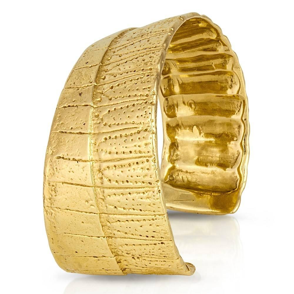 Armadillo Shell Cuff - 14K Gold