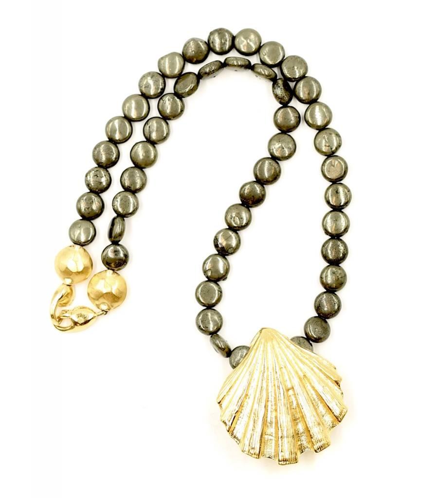 Lion's Paw Pendant Necklace - Vermeil