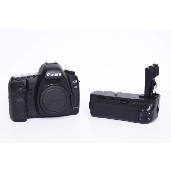 Canon EOS 5D Mark II Body w/Grip