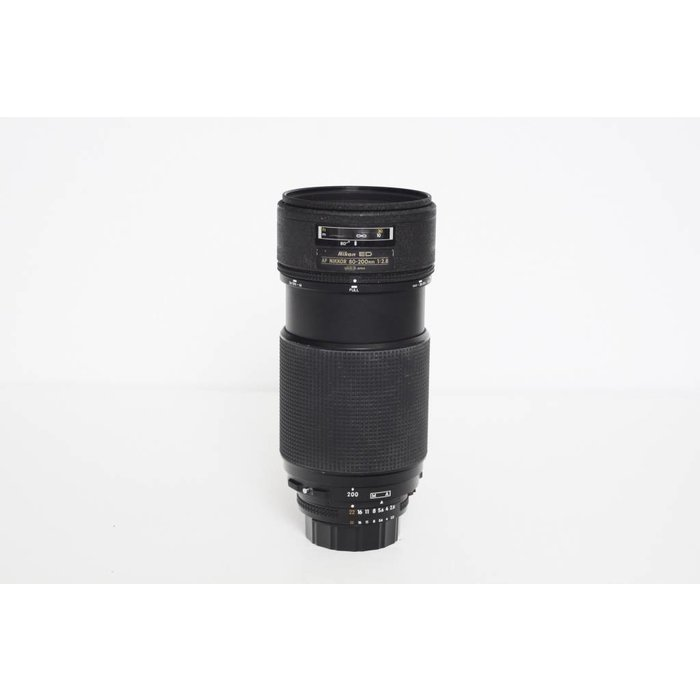 Nikon AF 80-200mm f/2.8 ED