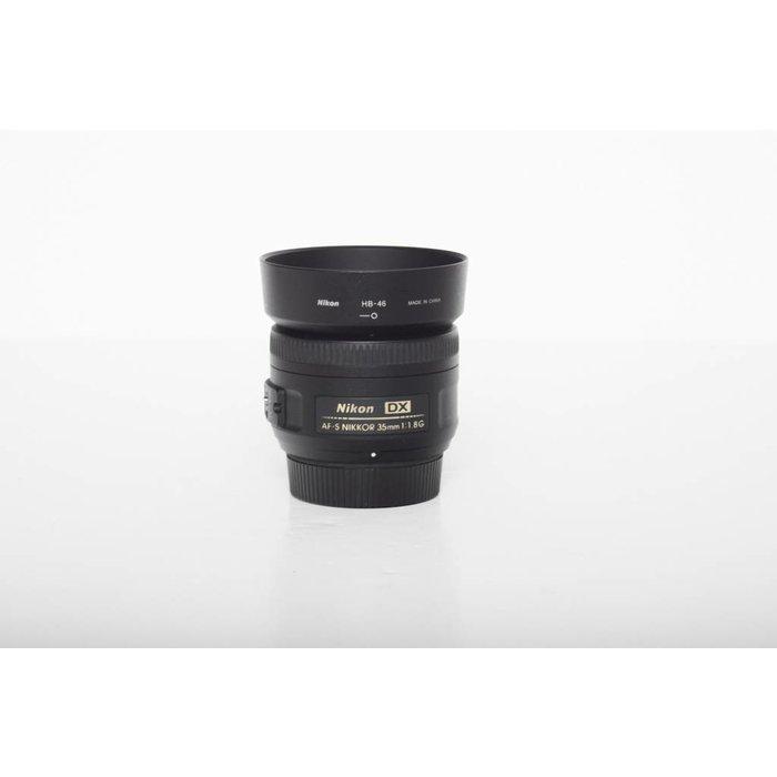 Nikon AF-S 35mm f/1.8 DX