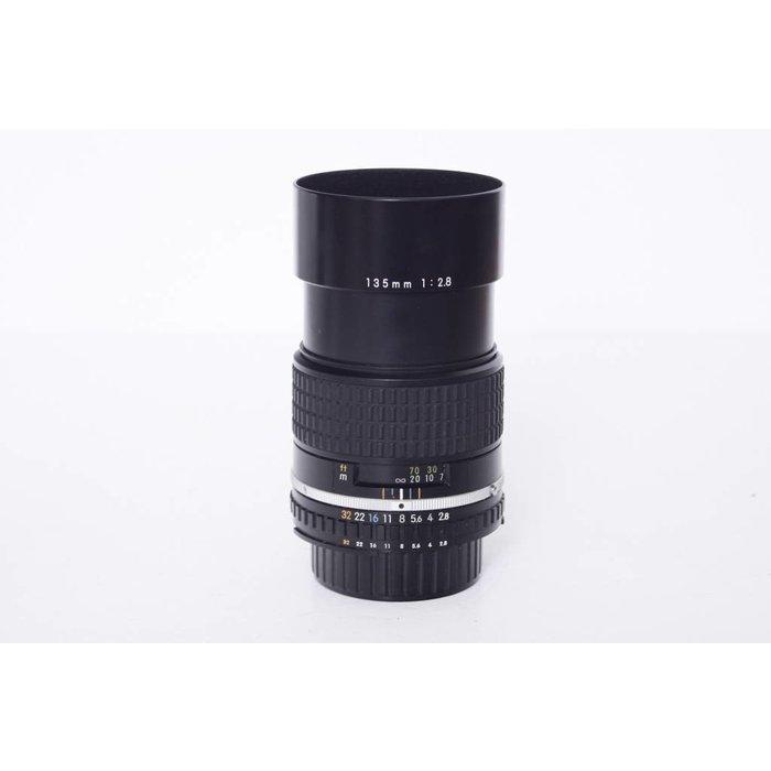 Nikon Series E AI-S 135mm f/2.8